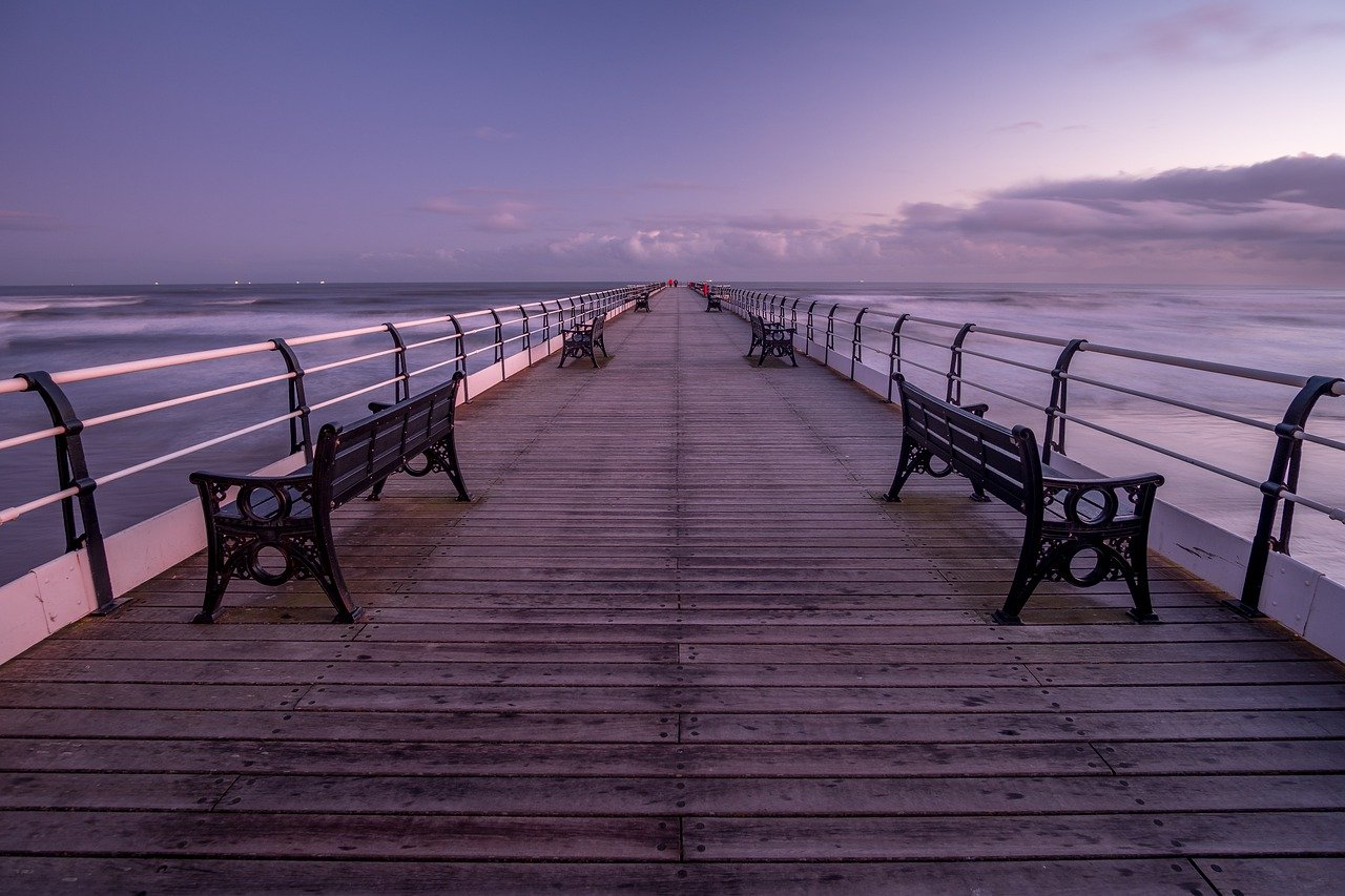 Saltburn Pier Pier Yorkshire  - TimHill / Pixabay